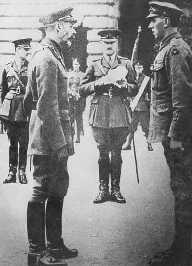 Private Sykes meeting George V