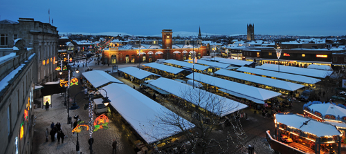 Image of Ashton-under-Lyne town centre in the snow